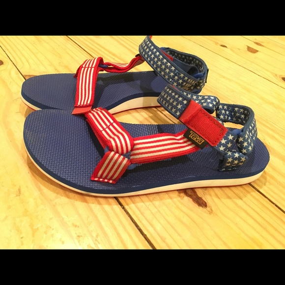 66427b58184209 Teva Shoes - Teva American Flag Sandals - Size 8